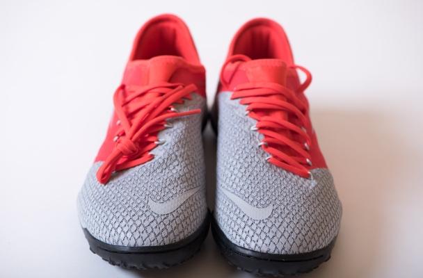 hot sale online edba6 0a534 Review of Nike Zoom Hypervenom III Pro | عُمَر أحيانًا
